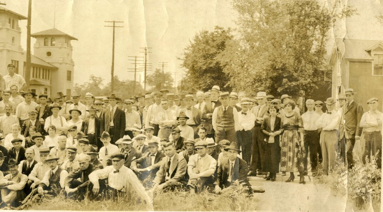 C.G. Conn employees-July 15, 1920